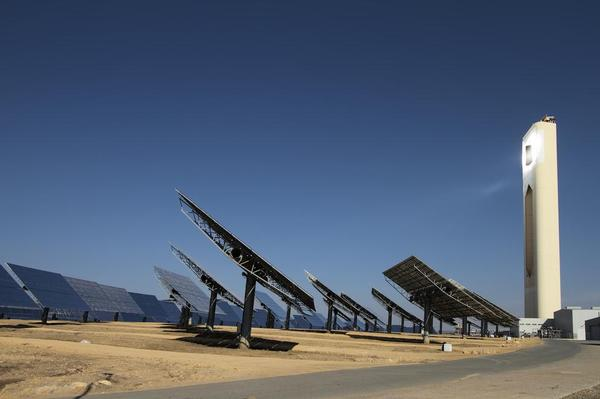Solar thermal power plants and steam