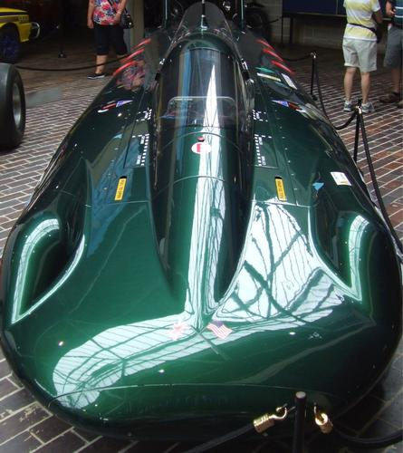 Steam car in pictures